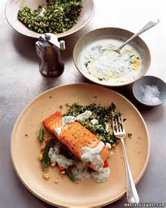 Salmon with Dill and Lemon Sauce