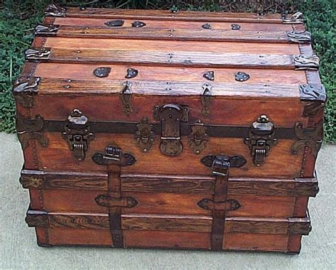 Antique Trunks Flat Top Or Dome Top With A Shadow Box And Steamer Trunks Make The Perfect Antiques Lafayette Louisiana Antique Ring Settings For Princess Cut Diamonds Asian Furniture Uk Wrought Iron Floor Candle Holders Chicago Botanic Garden Show 2016 Bar Back Dining Chairs Tiffany Box White Coat Tree