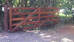 Automatic Wooden Farm Gate - YouTube