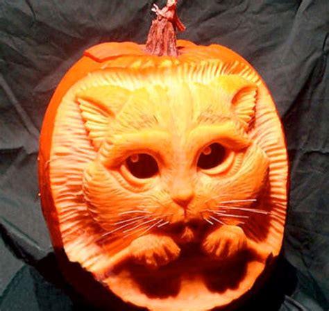 20 Halloween Pumpkins You'll Wish You Carved! Boredombash