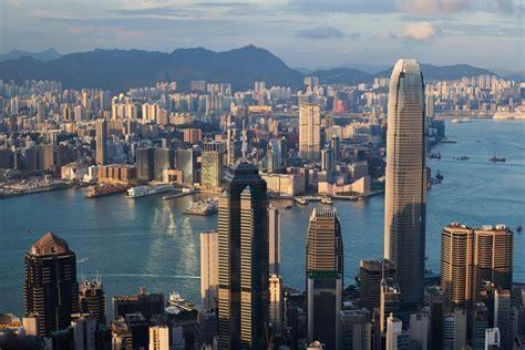 hong kong recession deepens due  coronavirus pandemic