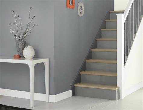 escaliers p ge blanche n 11 smile peindre escalier bois en gris myqto com