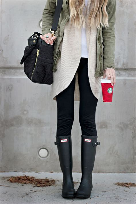 25+ Best Ideas about Black Hunter Boots on Pinterest   Black leggings Fall fashion leggings and ...