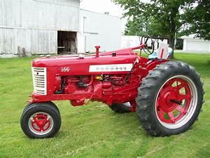 Tractor Talk - 1958 Farmall 350