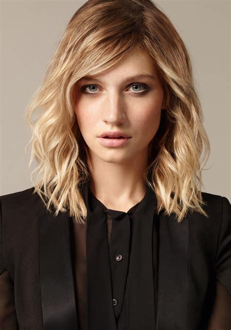 frisuren für halblange haare frisuren f 252 r locken die sch 246 nsten looks brigitte de