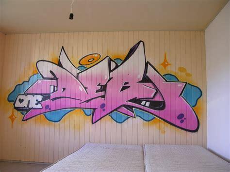 chambre graffiti prénom graffiti personnage