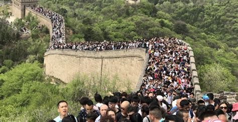 Look Great Wall Swarmed With Visitors Over May Day Holiday