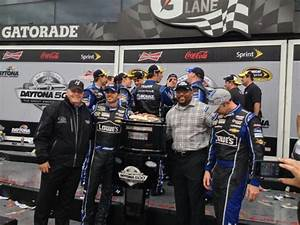 17 Best images about Nascar - Jimmie Johnson #48 on ...