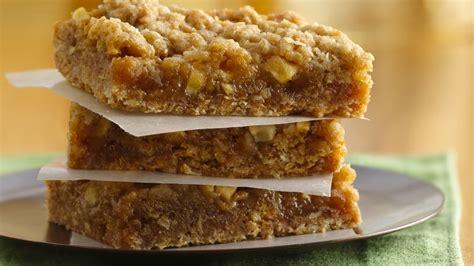 easy caramel apple bars recipe tablespooncom