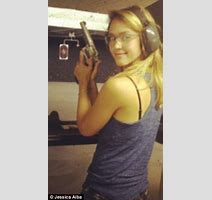 Jessica Alba Gets Some Target Practice At Los Angeles Firing Range As She Trains For New Role