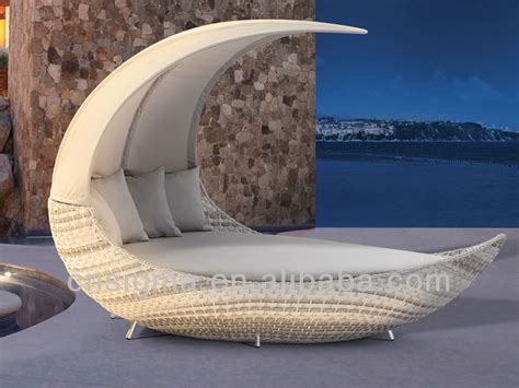 designs moon shape outdoor rattan furniture