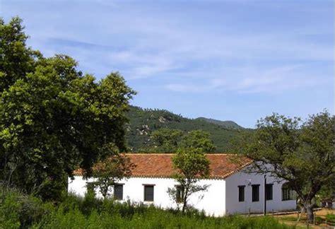 casas rurales sierra de huelva finca con casas rurales en la sierra de aracena huelva