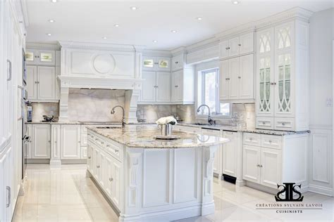 armoire cuisine en bois armoire de cuisine en bois erable maison moderne