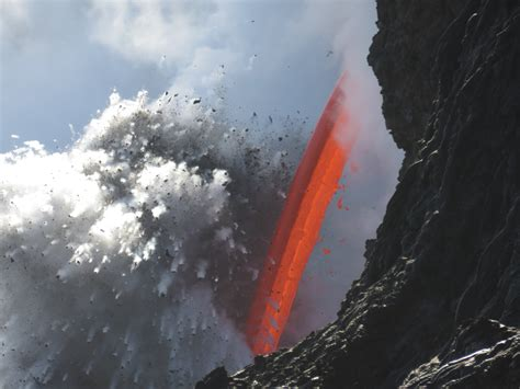 sudden cliff collapse highlights danger of kilauea s
