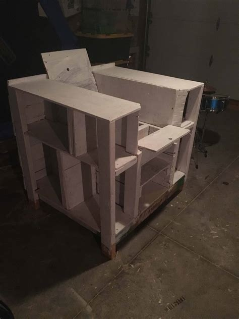 storage compartment pallet bookcase lincoln chair