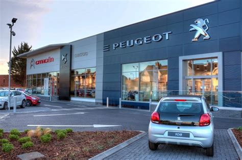 peugeot car dealers new citroen peugeot and ds dealership opens in chingford