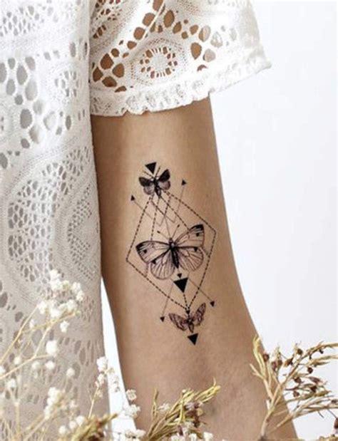 tatouages papillon nos idees  adopter sans hesiter