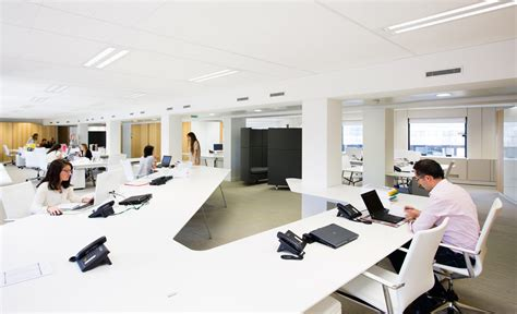 bureau banque tables de bureau et banque d 39 accueil esthederm