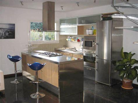 plan de travail en inox pour cuisine cuisine plan de travail en lot de cuisine moderne en inox