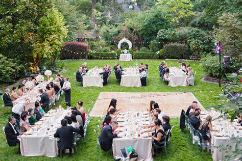 Outdoor Wedding : Why Go For A Garden Wedding?