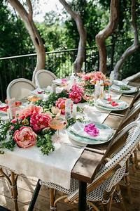 Aktuelle Blumen Im April : gartenparty deko 50 ideen wie sie ihr fest sch ner machen ~ Markanthonyermac.com Haus und Dekorationen