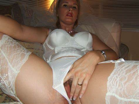 Attractive Dolly In High Panty Crave