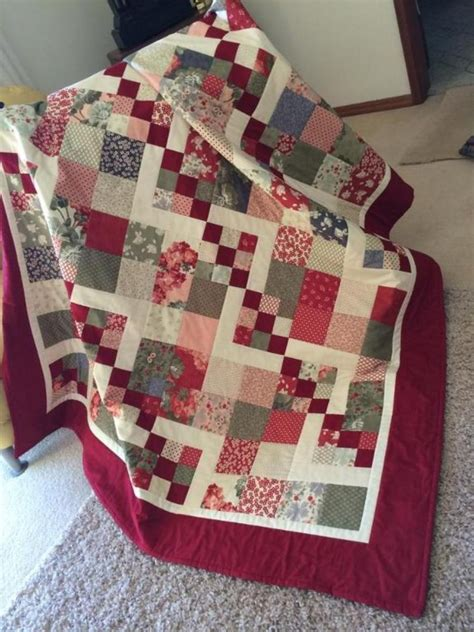 easy quilt patterns this simple quilt is simply delightful quilting digest