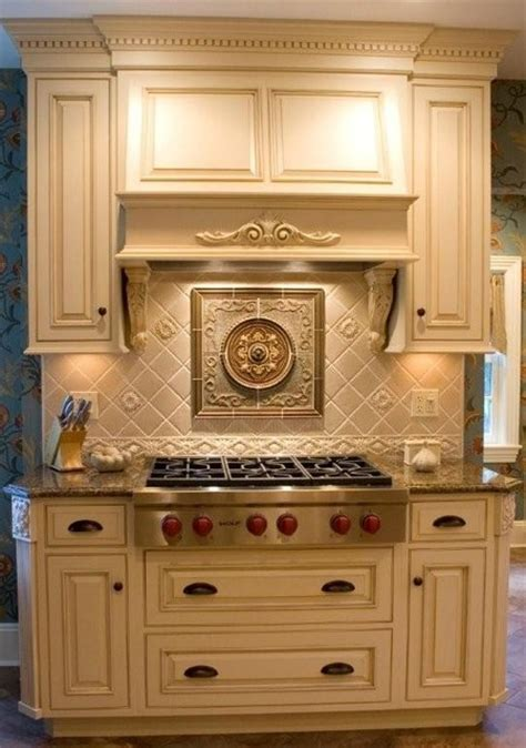 circle medallion supplied  sonoma tile traditional