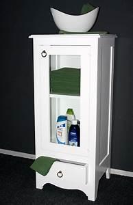 Badschrank Holz Massiv : massivholz vitrine standvitrine badschrank holz massiv ~ A.2002-acura-tl-radio.info Haus und Dekorationen
