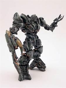 ROTF Megatron (Robot Replicas) - a photo on Flickriver