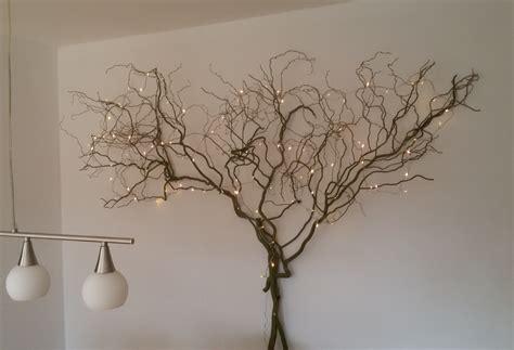 Lichterkette An Wand by Ein Baum Aus Weide Mit Lichterkette Deko F 252 Rs Wohnzimmer