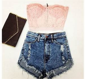 17 Best images about Crop Tops on Pinterest | Floral shorts Skirts and Crop top outfits