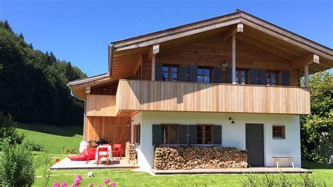 Einfamilienhaus Gemuetliches Blockhaus by Einfamilienhaus Kreis Miesbach Lebensraum Holz