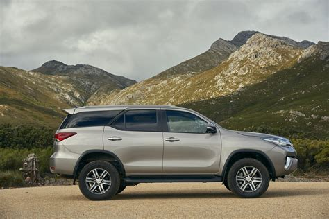 a toyota toyota fortuner 2016 specs and pricing announced cars