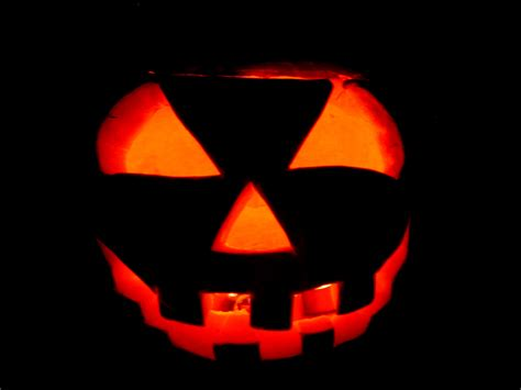 easy scary o lantern jack o lantern carving made easy perfecting you pumpkin this halloween longisland com