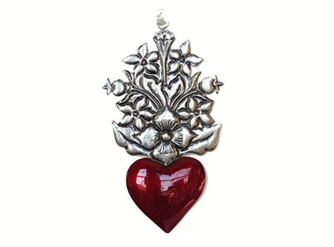 Enjoy the echo of history and found treasures with rustic pieces and needle art from park designs, c&f enterprises. Tin Heart with Flowers, Wall Decor Handcrafted By Conrado ...