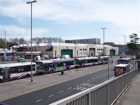 bus depot hilsea  colin babb geograph britain  ireland