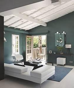 Peinture Pour Lambris : peindre un plafond en lambris bois avec une peinture blanche ~ Melissatoandfro.com Idées de Décoration