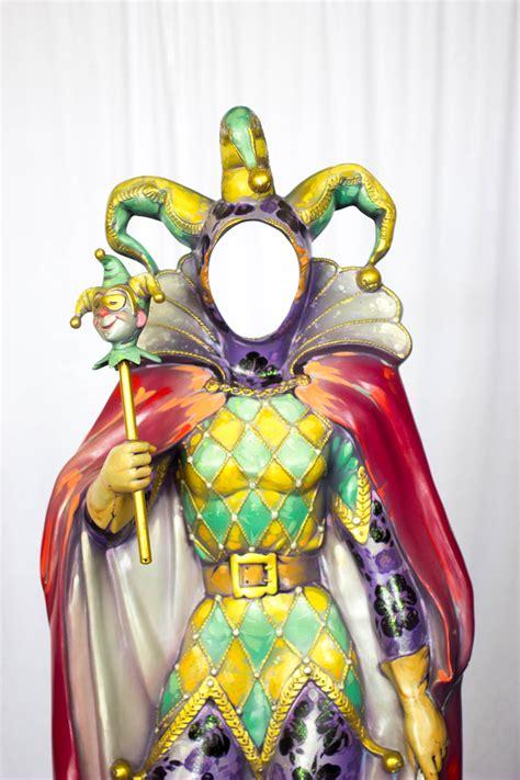 photo cut  female jester kern studios