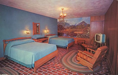 postcards mid century motel rooms style flashbak