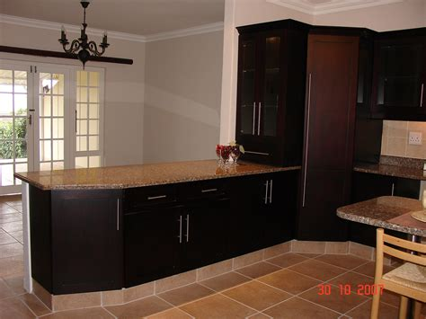 Kitchen Units Pictures by Mahogany Cupboards Nico S Kitchens