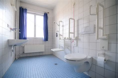 salle de bain personnes agees am 233 nagement salle de bains personnes ag 233 es salle de bain id 233 es de d 233 coration de maison