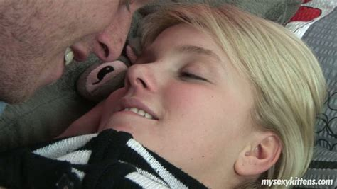 Tiny Pussy Hole Is Licked In A Hot Legal Teen Couple Sex Video