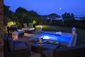 Den whirlpool im garten einbauen 30 ideen den patio zu for Whirlpool garten mit hotel mit whirlpool auf balkon südtirol
