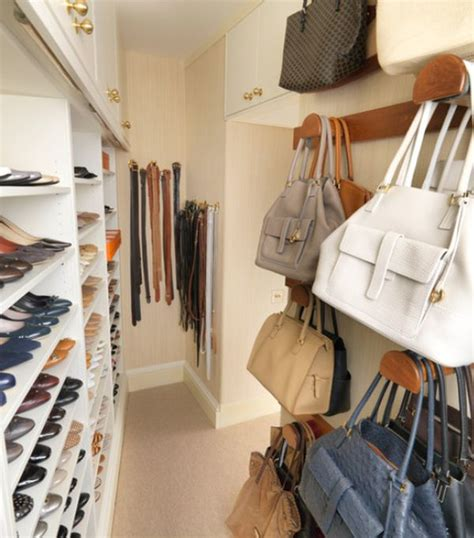 How Much Is A Walk In Closet by How To Arrange Your Walk In Closet