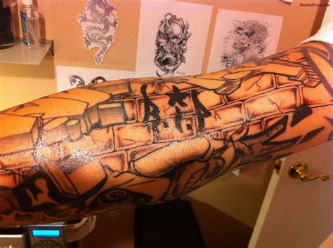 graffiti tattoo images pictures  designs ideas