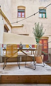 Rosic Apartment: Apartment Renovation with Minimalist ...