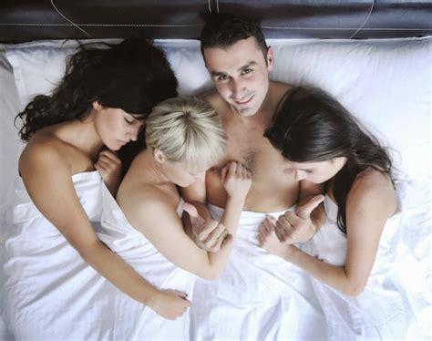 Nude Polygamy Pics Busty Naked Milf