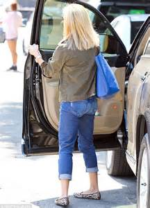 vintage wedding ring set reese witherspoon rocks an oversized purse as she runs errands in daily mail
