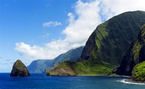 What Are The Best Hawaiian Islands For Couples To Visit